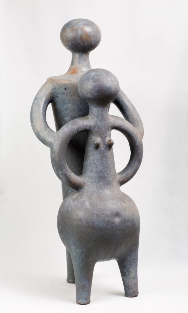 Jan Grove | Couple, 1996 | sculpture, nickel-grey glaze | 72 x 29 cm | Collection of the artists | Photo by Bob Matheson